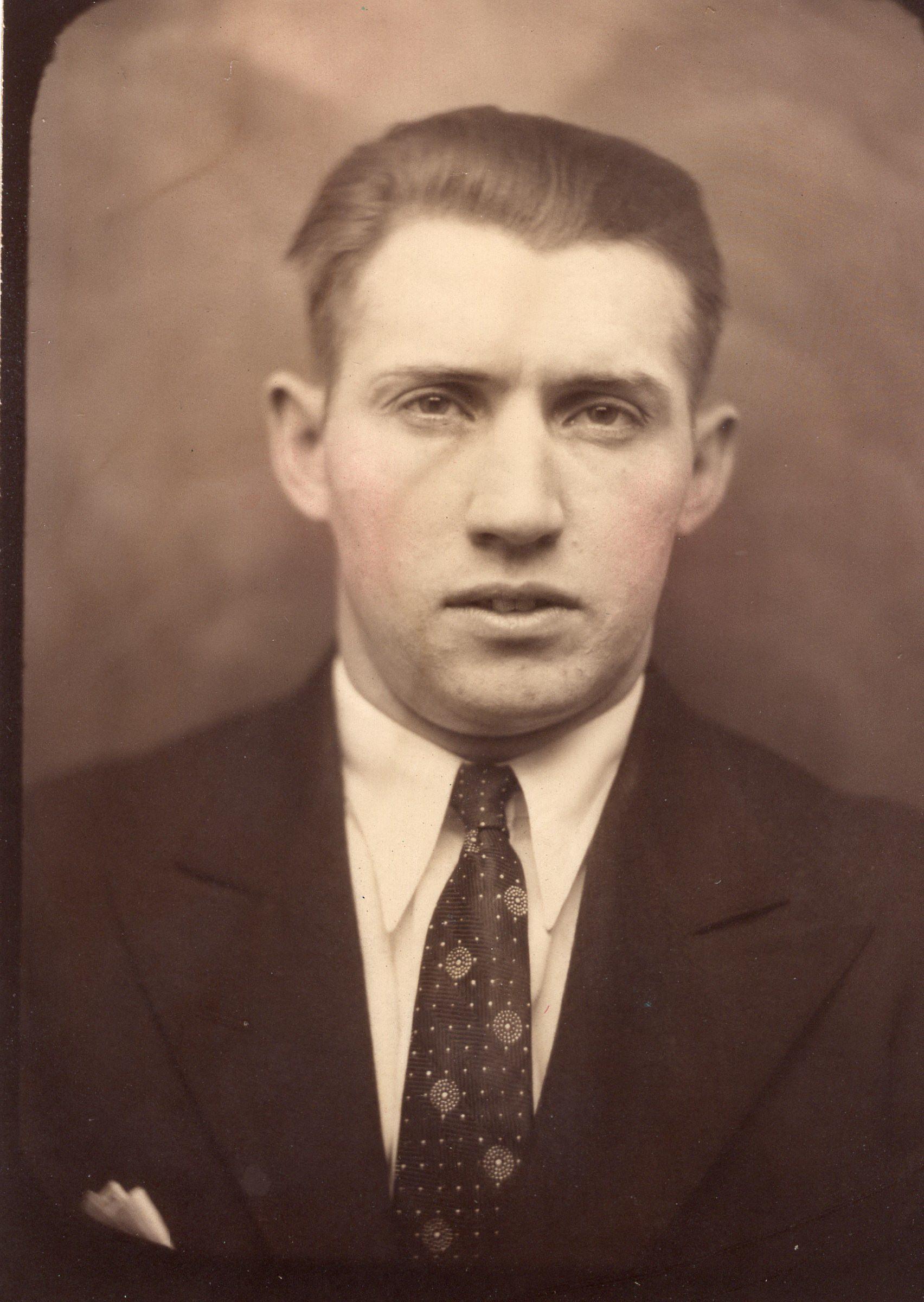 Howard Cook (1)